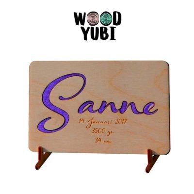 houten geboortekaartje sanne 2