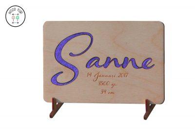 Houten geboortekaartje Sanne ingelegd met Vilt