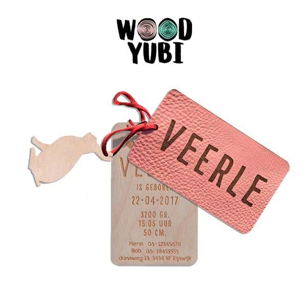 houten geboortekaartje label Bindi