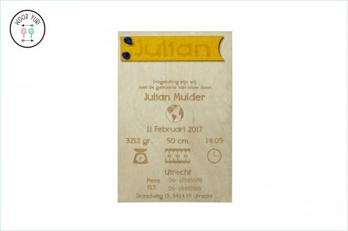 Houten Geboortekaartje met label van Vilt