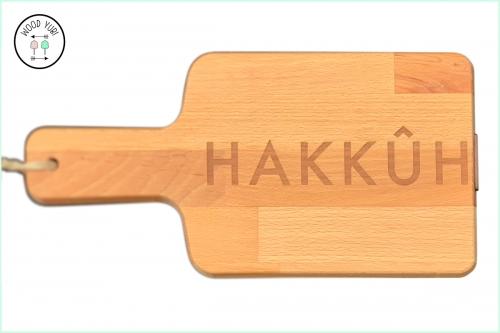 Snijplank massief beuken met de gravure Hakkuh
