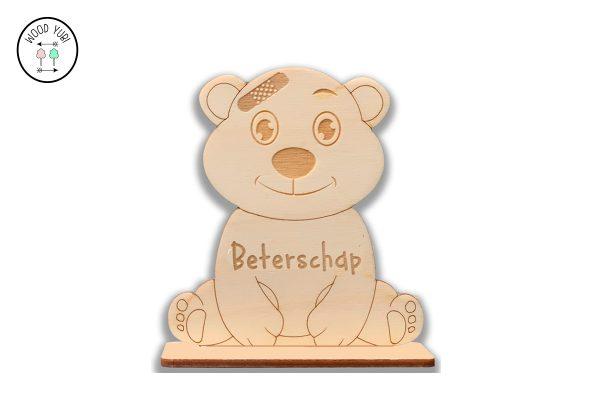 Wenskaart Beertje met de Tekst Beterschap. gemaakt van 3mm Berkentriplex