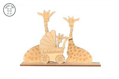 Houten geboortekaartje Giraffe