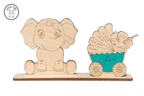 Houten geboortekaartje van Olifant en kinderwagen