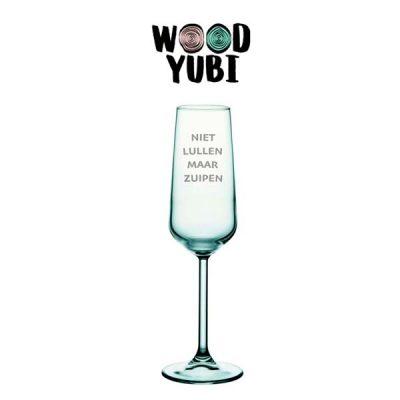 Champagneglas Niet lullen maar zuipen