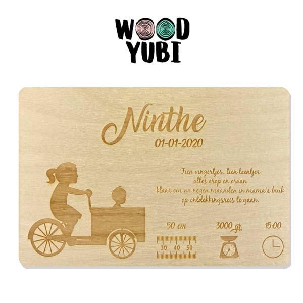 Houten geboortekaartje Ninthe