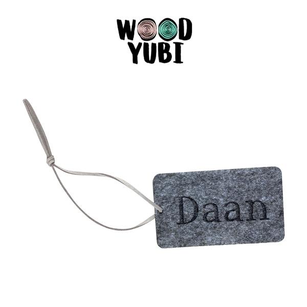 Acrylaat en vilt Daan